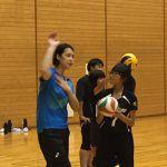 大山加奈が小学生チームの監督・コーチを指導。楽しみながら上達する練習法伝授