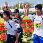 久米島マラソン30回記念大会で市橋有里がゲスト。晴天の下、ランナーを激励