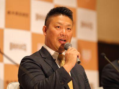 元プロ野球選手・村田修一とマネジメント契約を締結いたしました ...