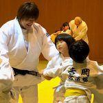 杉本美香が北区4道場の子どもたちを指導。柔道要素入れた体操に先生方も感心