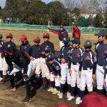 岡田幸文がリトルリーグの選手を指導。リードの広さに元プロの講師も驚き