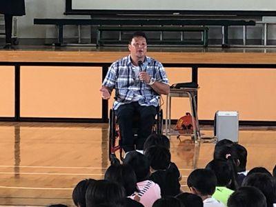 京谷和幸が横浜の小学校で講話